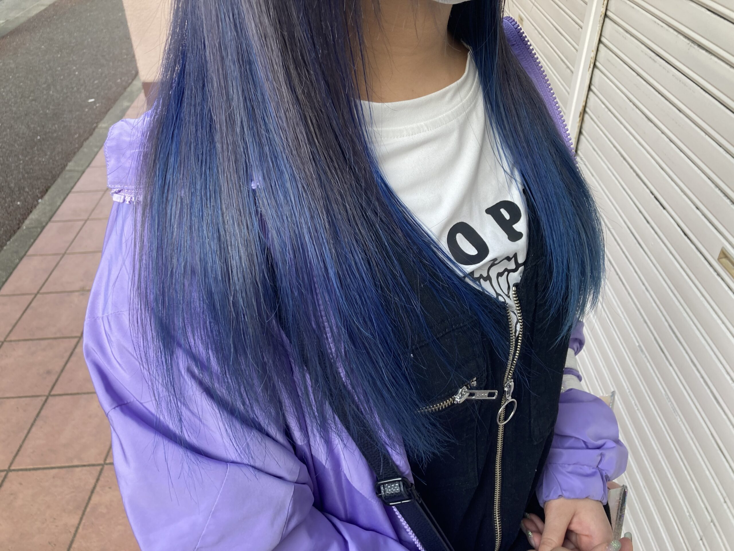 青のカラー画像